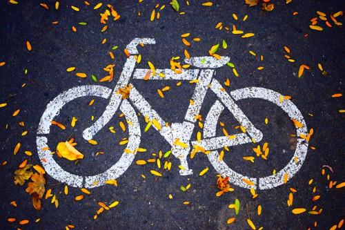 Dessin de vélo sur chaussée